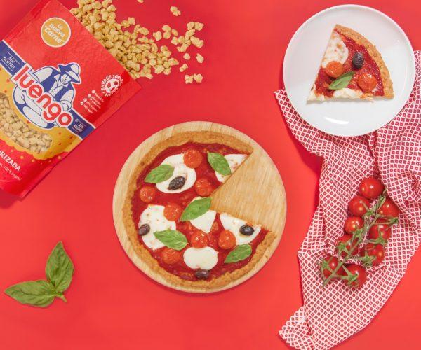 Pizza con base de soja texturizada