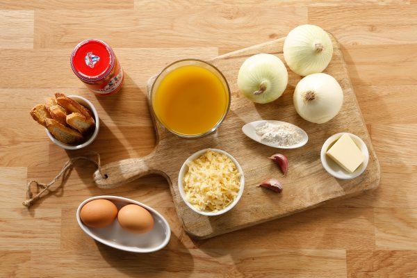 ingredientes sopa de cebolla