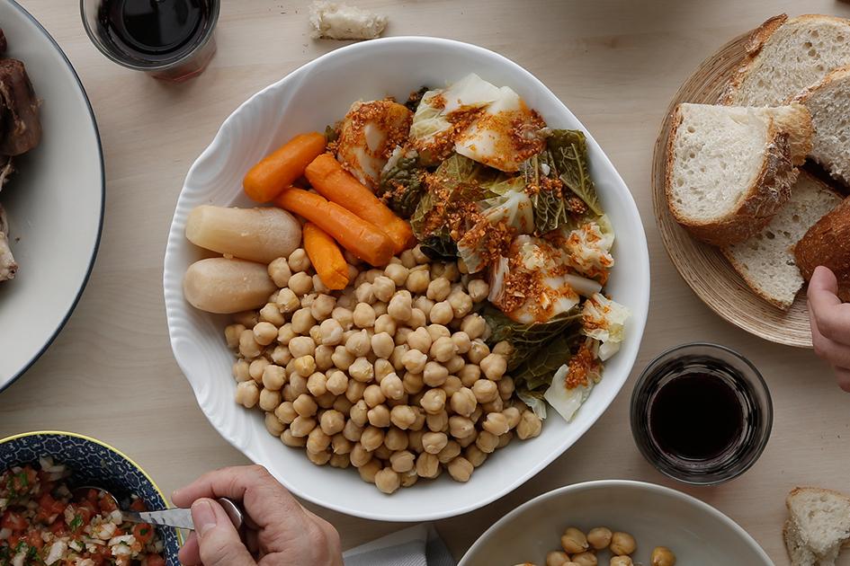 plato de cocido castellano