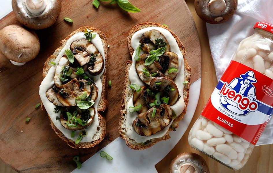 tosta pate vegetal de alubias recetas saludables con legumbres